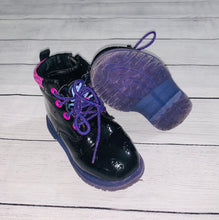 Load image into Gallery viewer, Vampirina Toddler Combat Boots-size 7