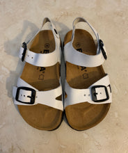 Load image into Gallery viewer, Emma Toddler Sandals- size 26 (8)