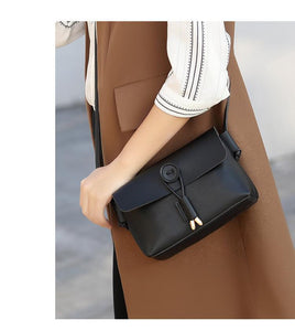 Trendy casual fashion messenger bag