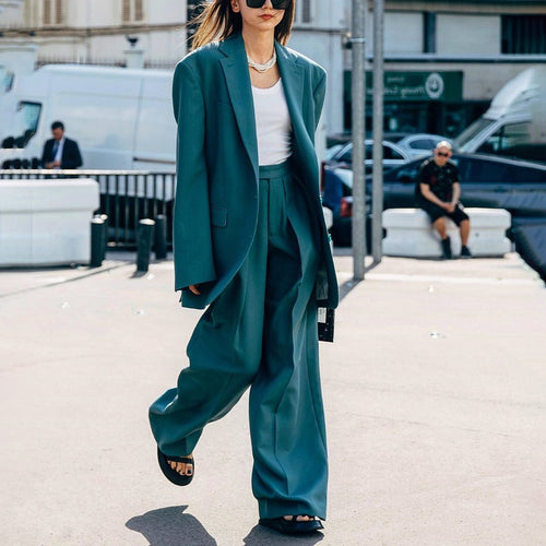Casual color suit jacket + trousers