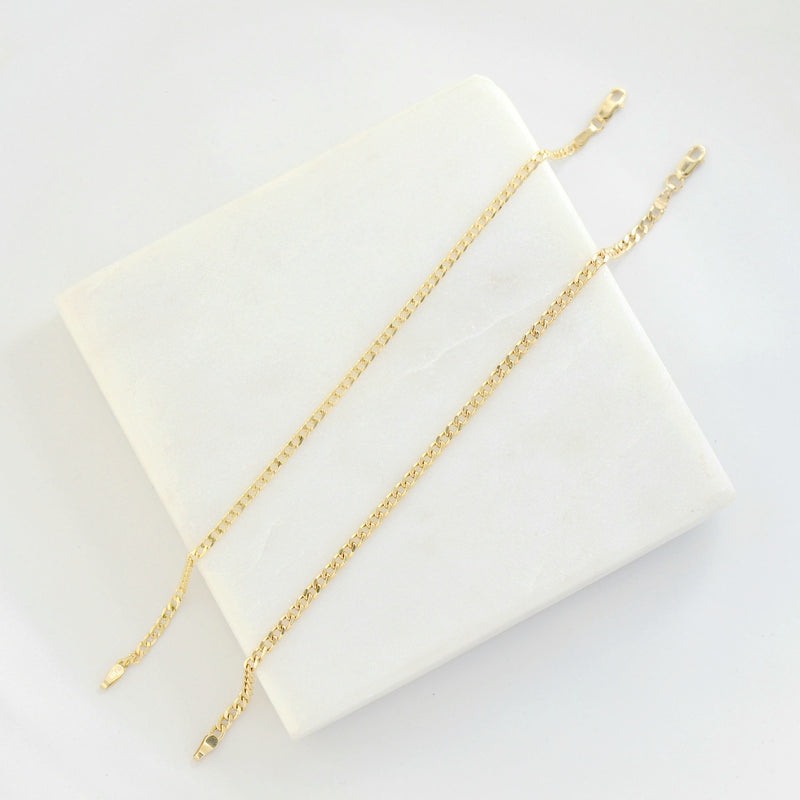 HOLLOW CURB LINK CHAIN BRACELET - 10K YELLOW