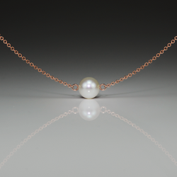 PEARL SMALL GOLD SIDEWAYS PENDANT - Anne Sportun Fine Jewellery