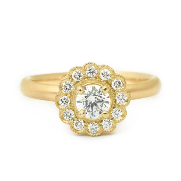 'Ava' Scalloped Diamond Ring