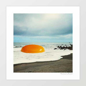 Beach egg Art Print