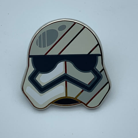 CAPTAiN PHASMA STAR WARS CELEBRATiON 2016 EXCLUSiVE ENAMEL PiN