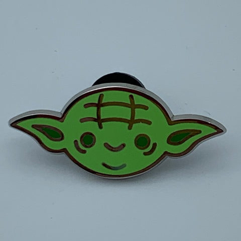 YODA STAR WARS CELEBRATiON 2016 EXCLUSiVE ENAMEL PiN