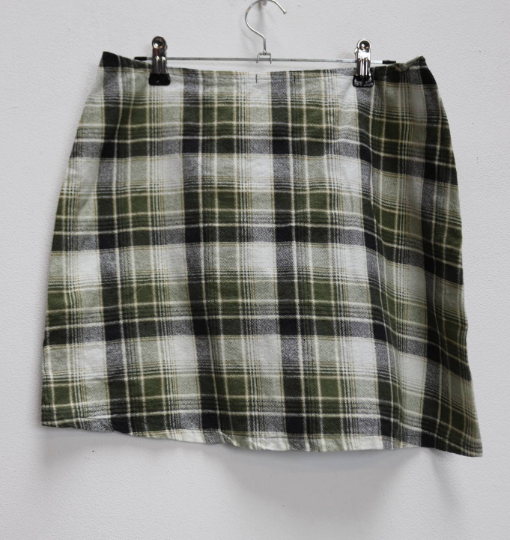 Green Plaid Mini-Skirt - L