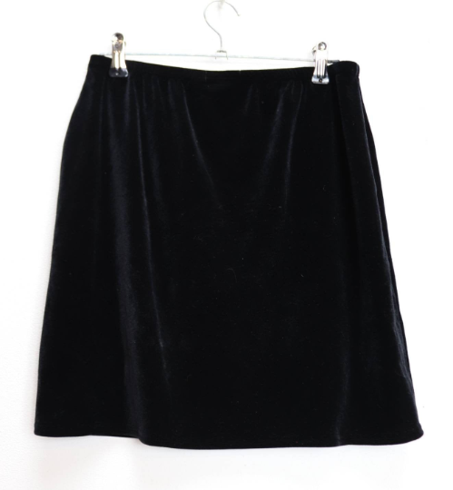 Black Velvet Mini-Skirt - S