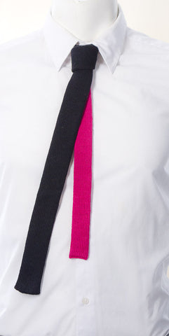 Skinny Tie: Black and Pink (Contrast Back)