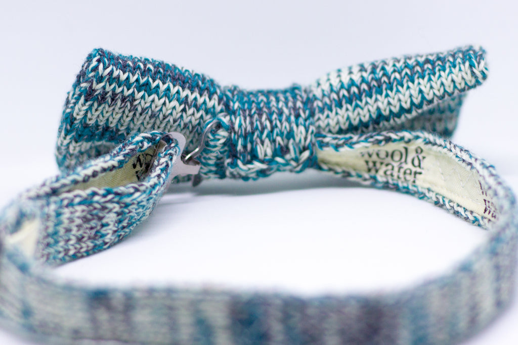 Reverse View of Teal Marl Bow Tie