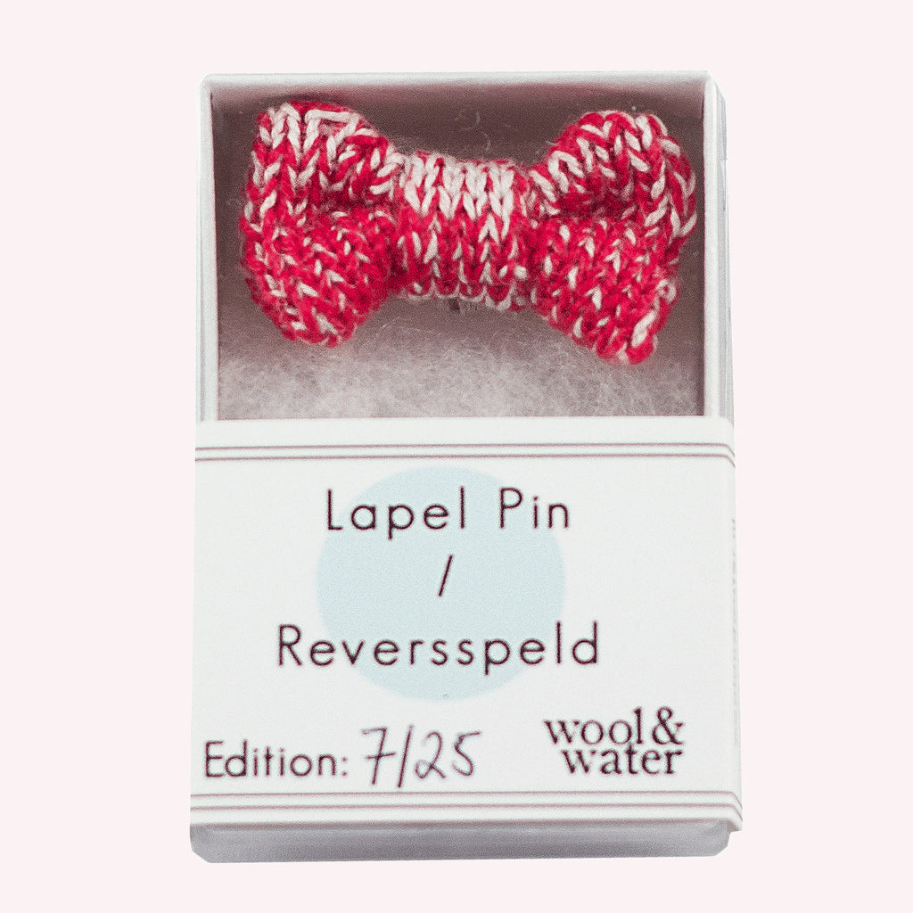 Red / White Bow Tie Pin