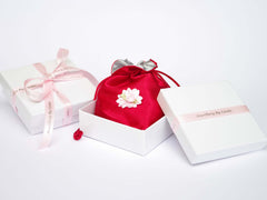 Gorgeous gift wrap box & satin pouch Jewellery by Linda