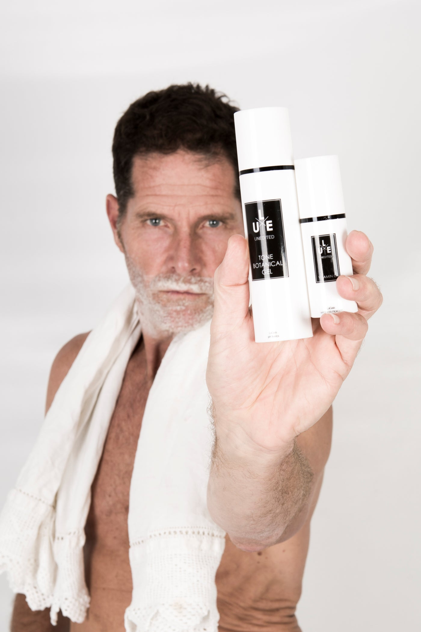 Skin-Care for Men: The Essentials for Men's Skin-Care Routines