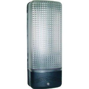Bulkhead With Dusk Till Dawn Sensor E27/ES 60W Max IP44 - Beachcomber Lighting