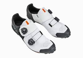 Zapatillas MTB - MH1 BLACK / WHITE