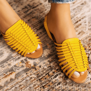 Women's woven pointed solid color flat sandals