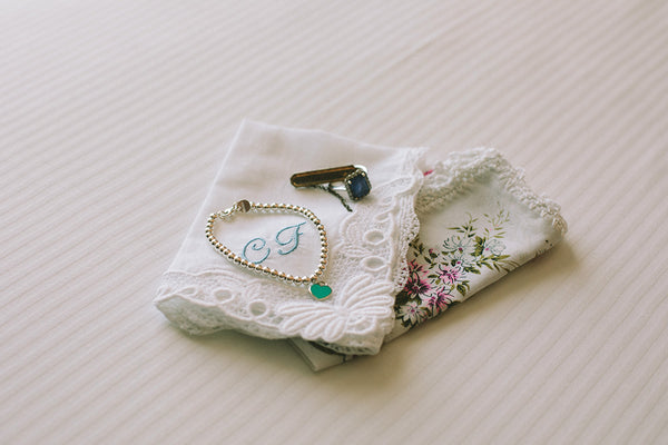 brides wedding day accessories