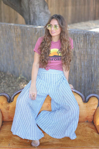 1970s fashion trend wide leg pants