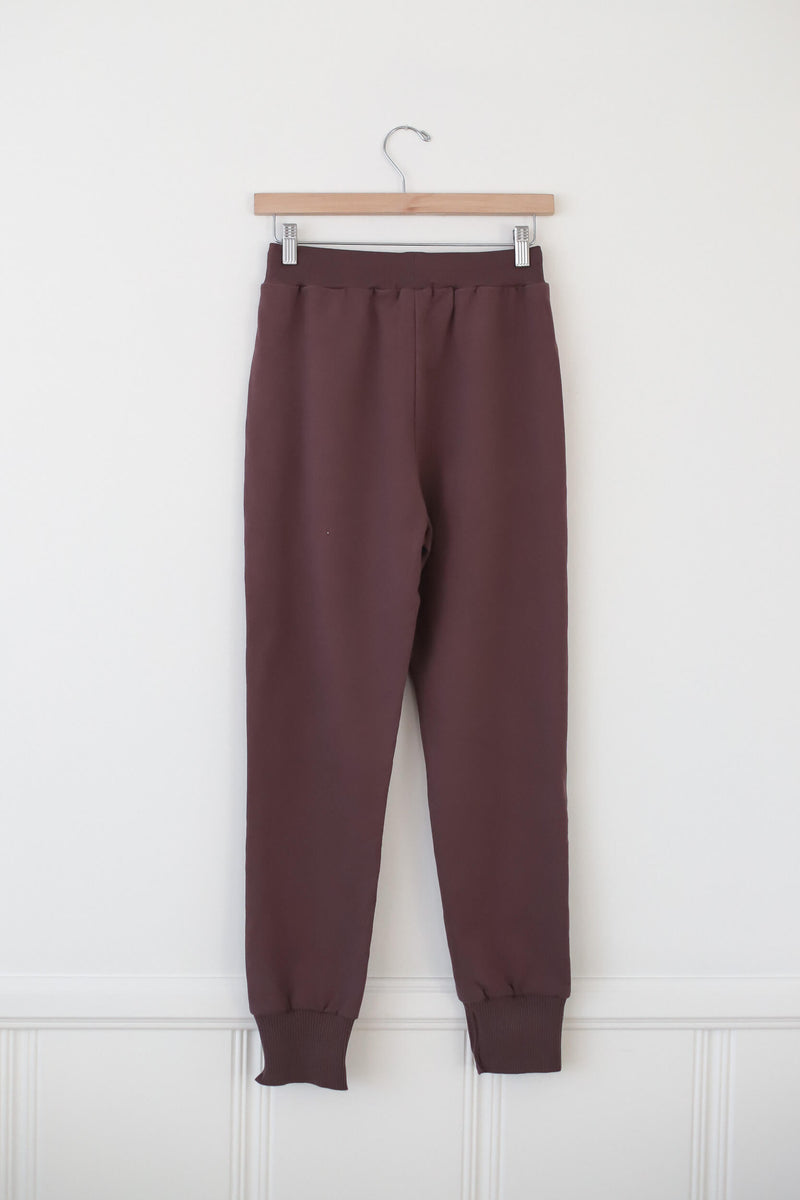 kickin it sweats in mauve