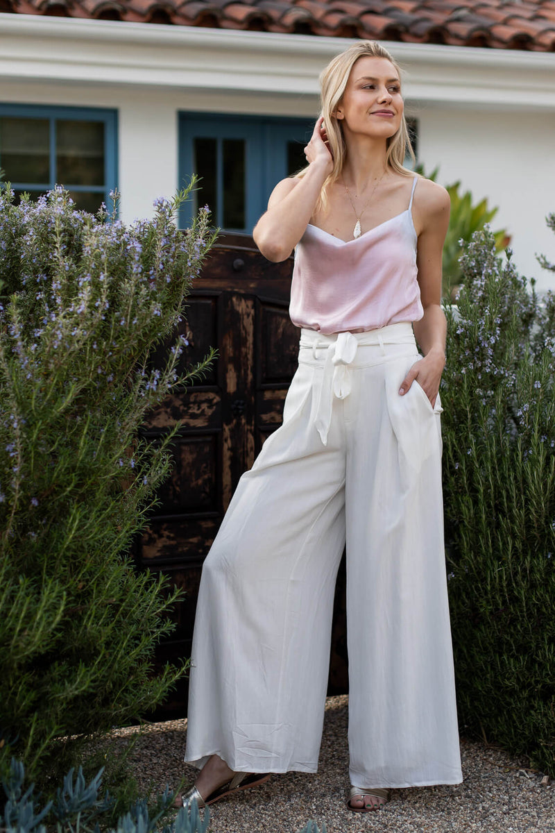 white linen trousers for women