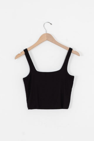 top for high waisted pants
