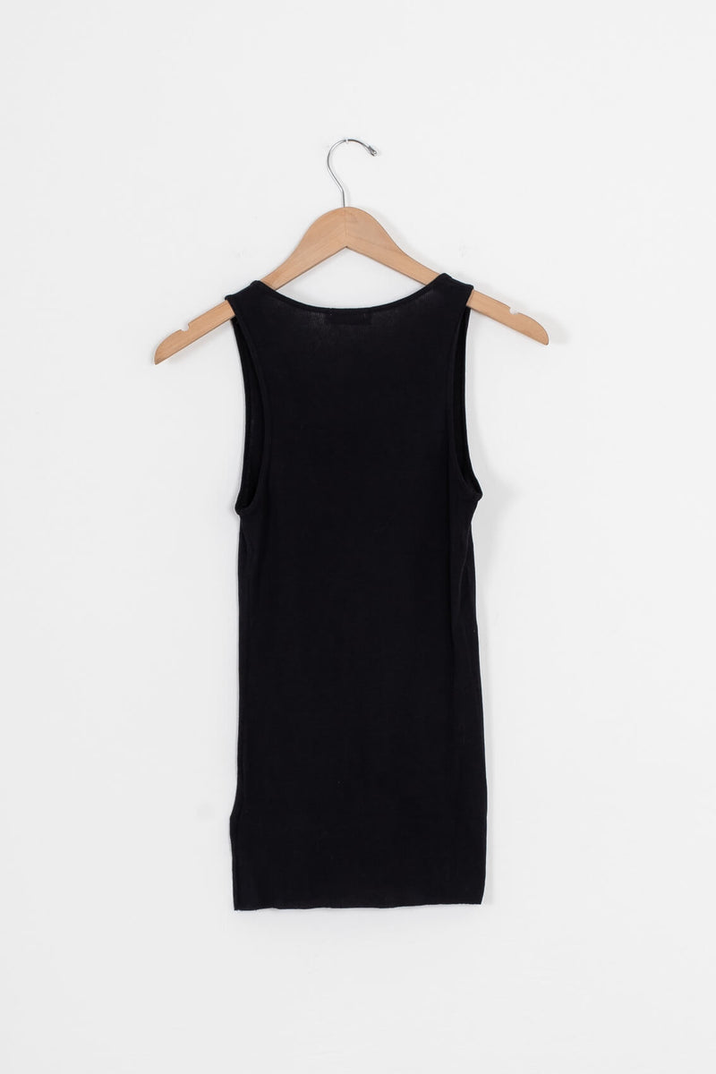 black ribbed tank for women