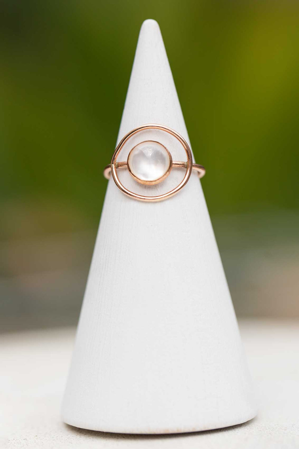 Mineral And Matter Mother of Pearl Ring