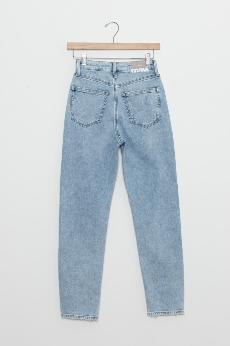 mom jeans distressed