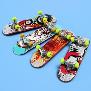 3peces Finger Skateboard Suit Toy With Tools And Accessories