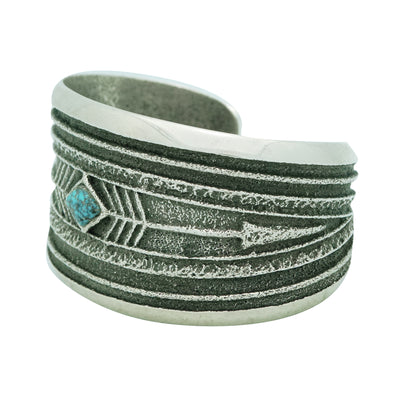 Load image into Gallery viewer, Monty Claw, Bracelet, Number Eight Turquoise, Arrows, Navajo Handmade, 6 5/8""