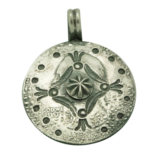 Bo Reeves, Coin Silver Pendant, Quarter, Stamping, Navajo Handmade, 1 3/8