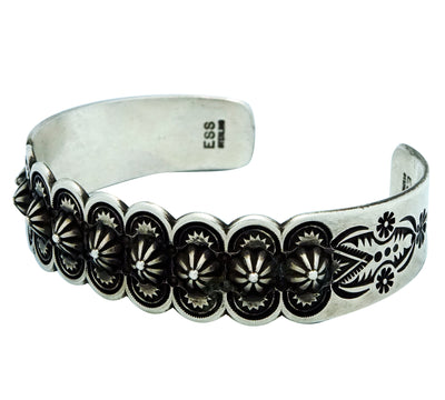 Load image into Gallery viewer, Edison Sandy Smith, Bracelet, Bump Out Row, Scalloped, Navajo Handmade, 7 1/8