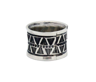 Load image into Gallery viewer, Derrick Cadman, Ring, Sterling Silver, Stamp Design, Navajo Handmade, 5