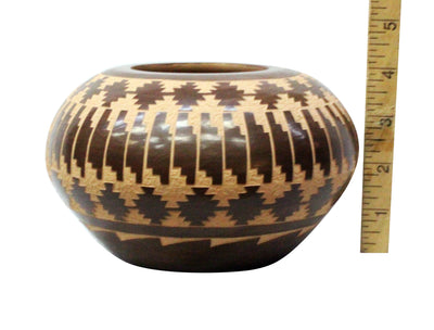 "Load image into Gallery viewer, L. Yepa, Jemez, Pueblo, Handmade Pottery, 7"" x 4.25"""