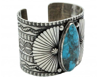Load image into Gallery viewer, Sunshine Reeves, Bracelet, Kingman Turquoise, Sterling Silver, Navajo Made 6.5