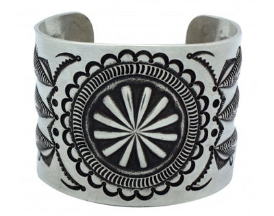 Load image into Gallery viewer, Edison Sandy Smith, Repouss̩ Stamped Silver Cuff, Navajo, 7 in