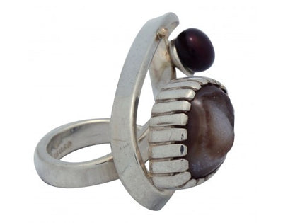 Load image into Gallery viewer, Fritz Casuse, Silver Wire Wrapped Ring with Agate, Maroon Pearl, 7