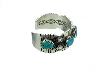Load image into Gallery viewer, Arland Ben, Silver Carico Lake Turquoise Cuff 7.5