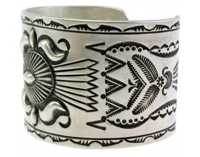 Load image into Gallery viewer, Edison Sandy Smith, Bracelet, Wide, Stamping, Sterling Silver, Navajo Made, 7''