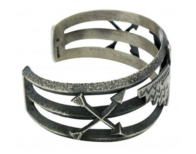 Load image into Gallery viewer, Kevin Yazzie, Bracelet, Eagle, Arrows, Sterling Silver, Navajo Handmade, 7 in