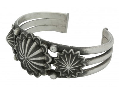 Load image into Gallery viewer, Edison Sandy Smith, Bracelet, Stamping, Sterling Silver, Navajo Handmade, 7 in