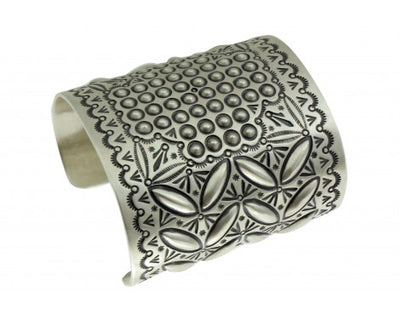 Load image into Gallery viewer, Herman Smith, Silver Bracelet, Four Directions, Sterling, Navajo Handmade 7 1/4