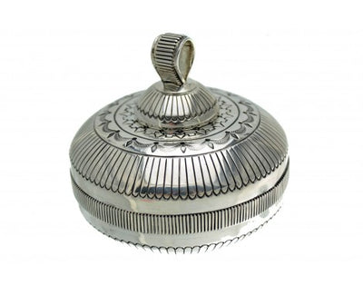 Load image into Gallery viewer, Gibson Nez, Sterling Silver Pot w/Lid, Signed, Circa 1990s, Navajo