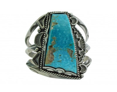 Load image into Gallery viewer, Dave Lister, Bracelet, Carved Kingman Turquoise, Traditional Navajo Silver
