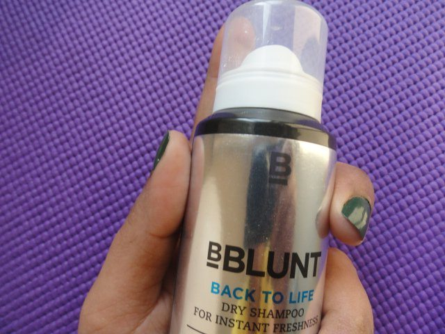 Makeup And Beauty Reviews BBLUNT's Dry Shampoo