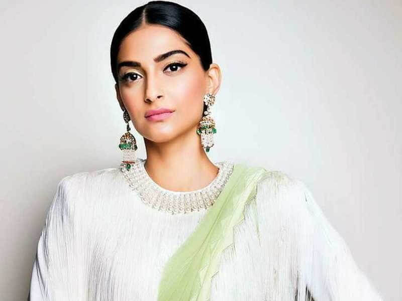How Sonam Kapoor Rocks Her Hair This Season