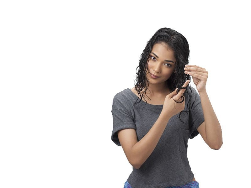 5 Easy To Do Hairstyles For Wet Hair