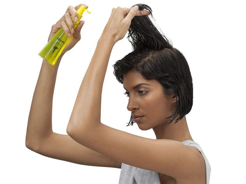 How To Use A Volumizing Leave-In Spray