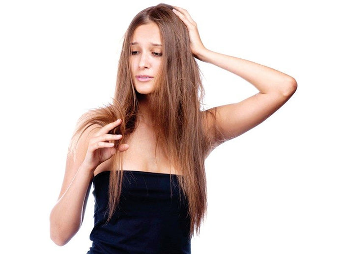 Follow These 5 Useful Tips To Keep Your Hair From Feeling Thin Overtime