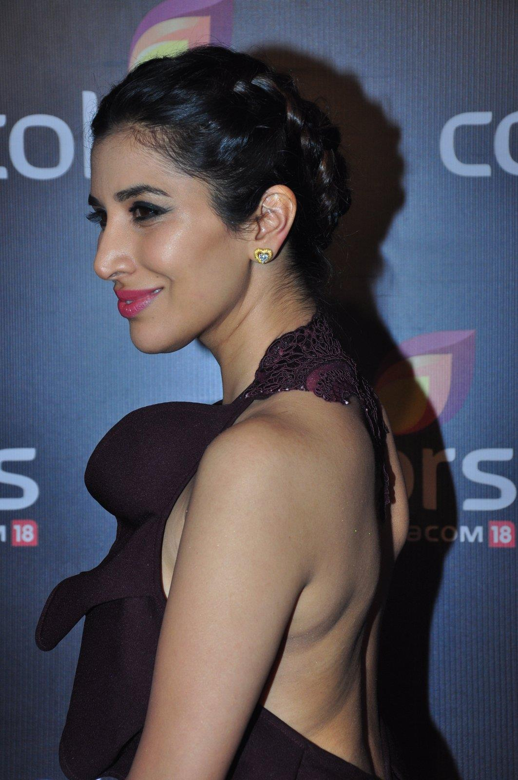 Hairstyles That Looked Gorgeous On The Colors Red Carpet 7626